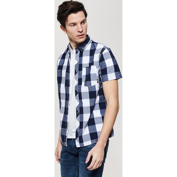 f688c0fdff8756 Koszula z krótkim rękawem w kratę - Granatowy - Niebieskie koszule męskie  House, l, z krótkim rękawem. Za 59.99 zł. - Koszule męskie - Odzież męska -  Odzież ...