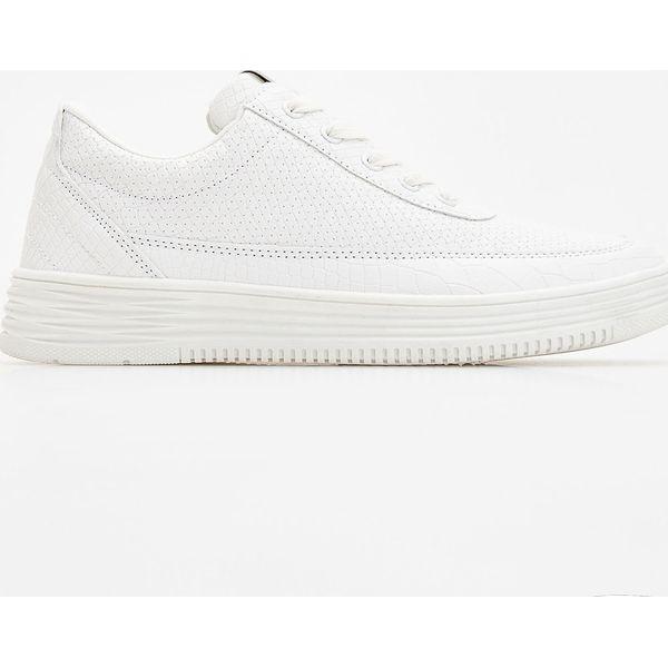 f5dfc99a278ad Sportowe buty - Biały - Białe obuwie sportowe damskie marki Reserved ...