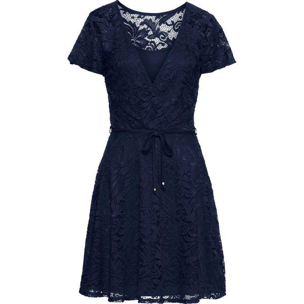 415cbd0173085f Sukienka koronkowa bonprix ciemnoniebieski - Niebieskie sukienki damskie  bonprix, z koronki, z kopertowym dekoltem, kopertowe. Za 149.99 zł.