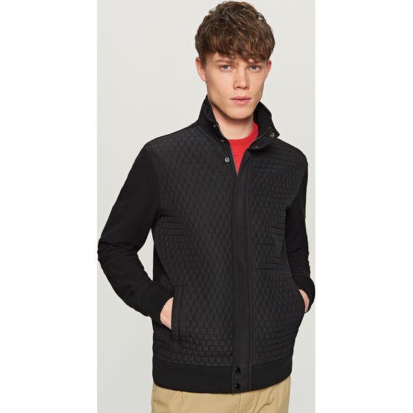 076d2f32f6587 Pikowana bluza ze stójką - Czarny - Czarne bluzy męskie marki ...